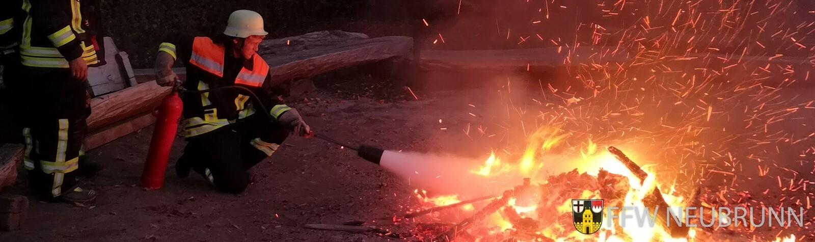 Jugendübung Feuerlöscher